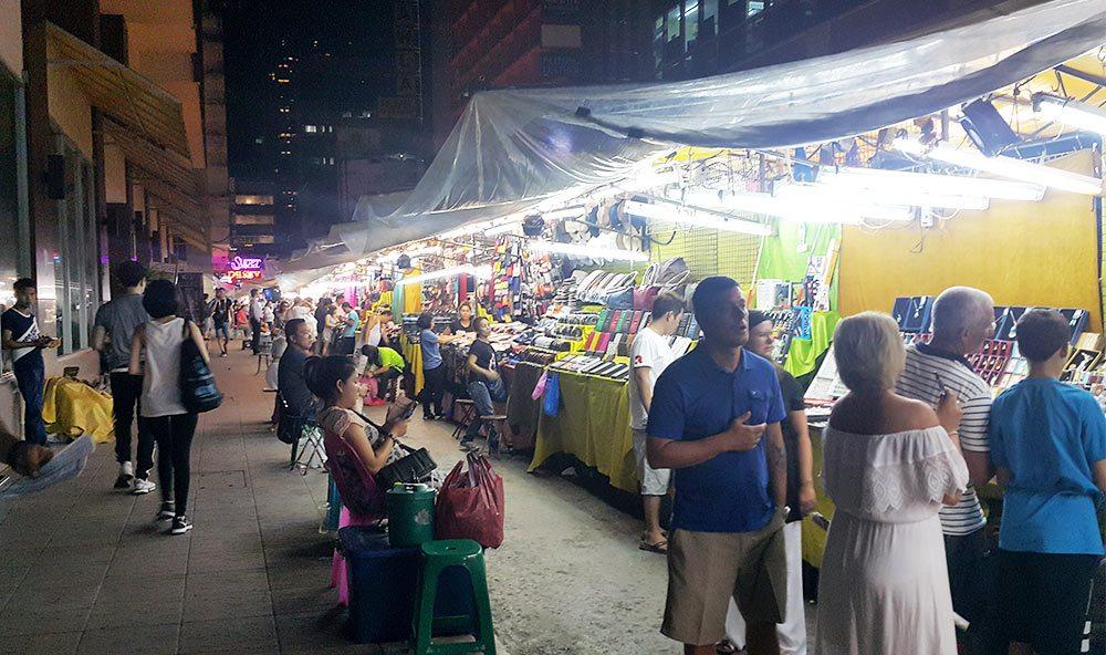 Chợ đêm Patpong night market